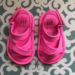 Brand New baby Gap baby girl pink sandals